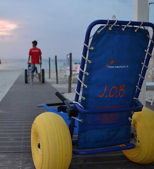 sedia-job-spiaggia-accessibile.jpg