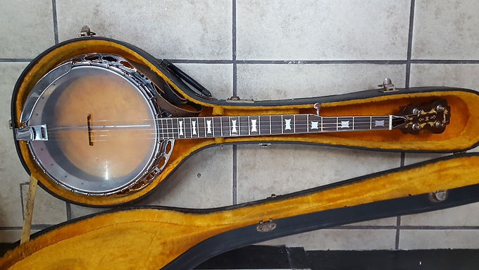banjo alvarez 70`s