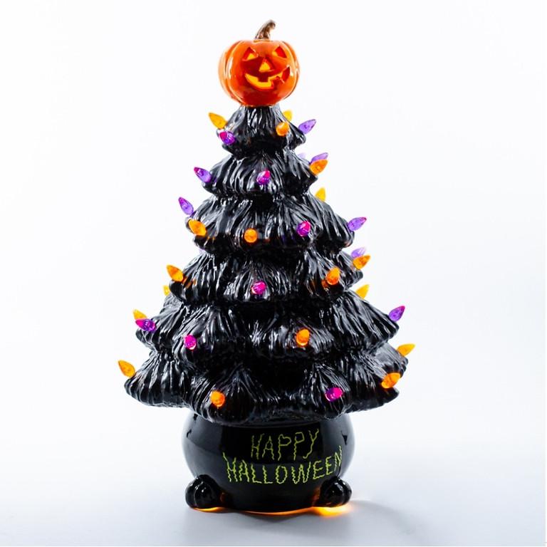 Oct 08- Vintage Halloween Tree Paint Night