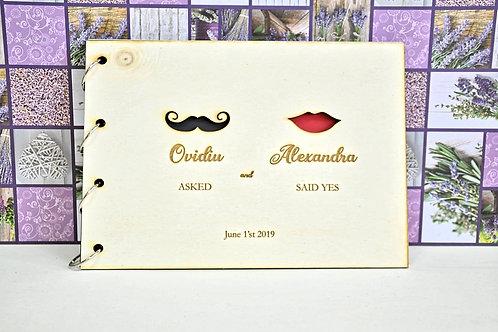 Album/Guestbook cu copertă din lemn