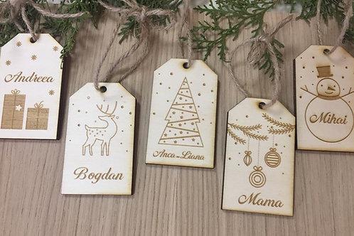 Etichete cadou din lemn