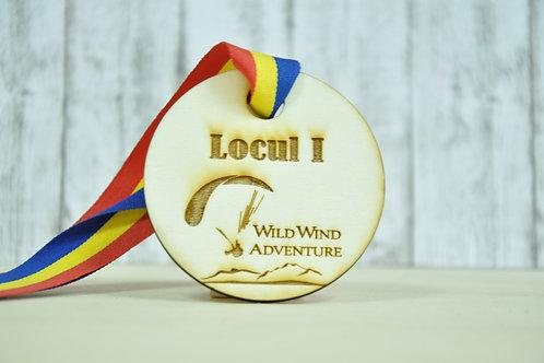 Medalie din lemn