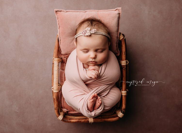 Lilly_newborn_11.png