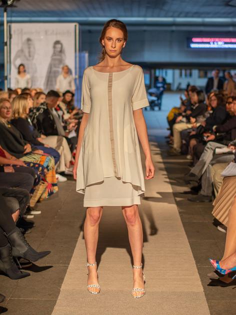 Dvojité šaty s centrálním pruhem ND202101