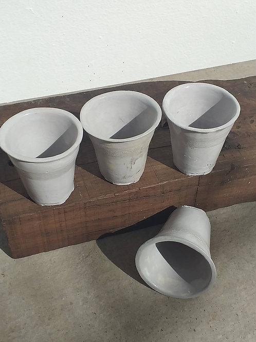 Conjunto de copos shot cinza