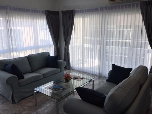 PT 705 living room 3
