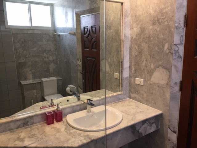PT 705 master bathroom 2