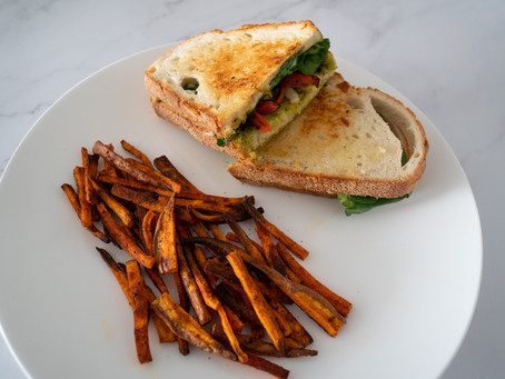 Roasted Red Pepper & Pesto Grilled Sandwich