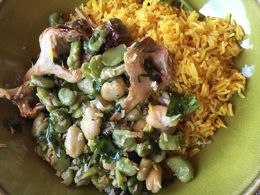 Artichokes, fava and turmeric rice