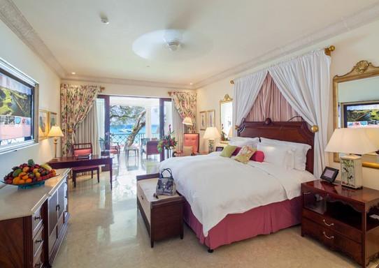luxury-ocean-room2jpeg
