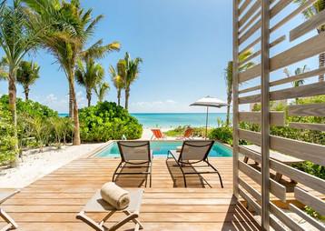 andaz-mayakoba-bilevel-suite-terrace-vie