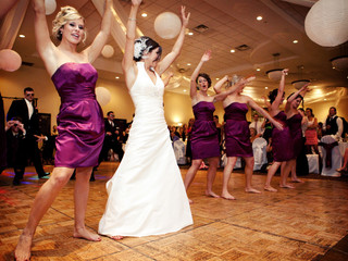 7 things you should discuss with your wedding DJ before your big day