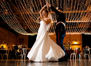 The 5 Things You Should Know About Preparing for Your First Dance