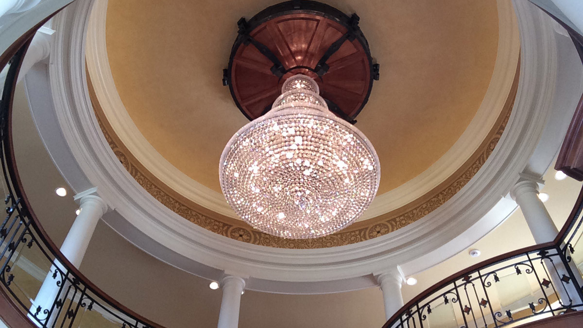 Chandelier grand estate skaneatles _Ramsgard