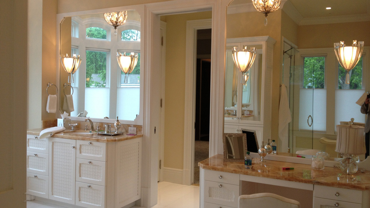 WHite cabinetry, marble countertop_Ramsgard