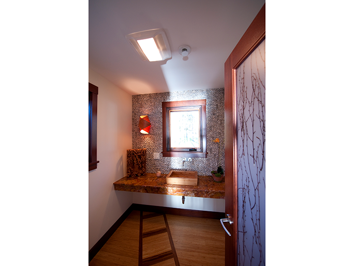 Cool Powder Room_Arsty_Ramsgard