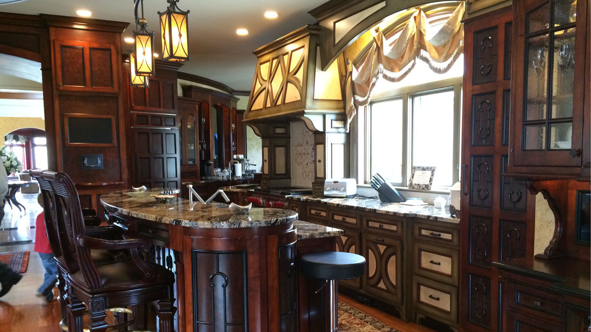 Italianate Kitchen grand estate skaneatles _Ramsgard