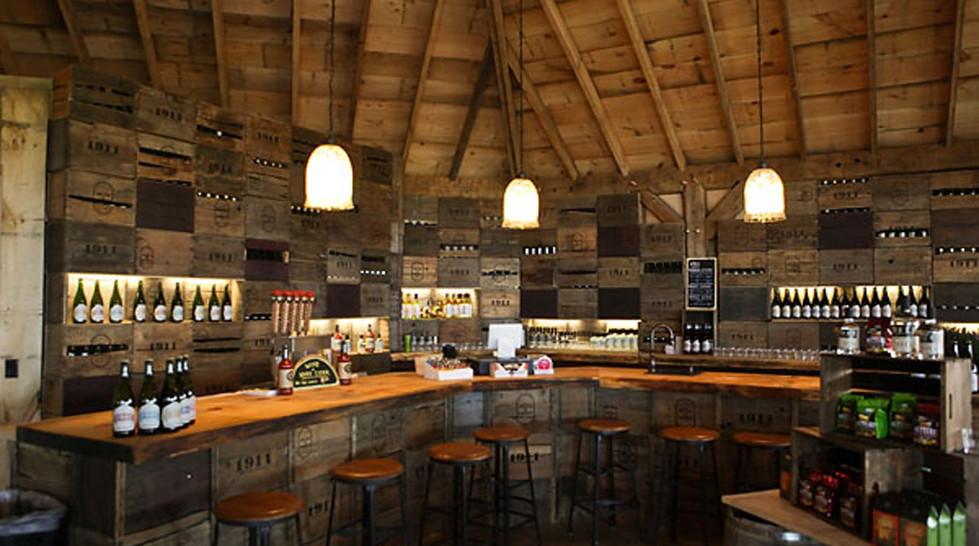Tasting Room 1911 Established Distillery Lafayette NY_Ramsgard
