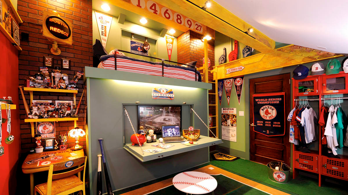 Red Sox RoomCreateive Arts and Crafts Bungalow_Ramsgard