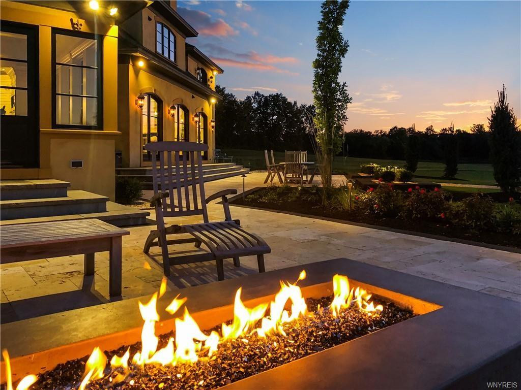 French Country_Firepit_Ramsgard