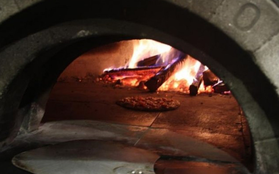 Rosalie's Cucina Wood Fired Pizza Oven Skaneatles_Ramsgard