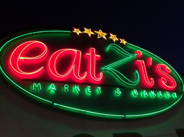 Neon SIgn Eatzi's Market Dallas_Ramsgard