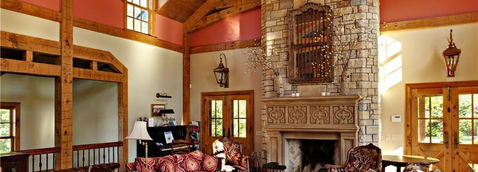 Living room Carriage House Barn Skaneateles_Ramsgard