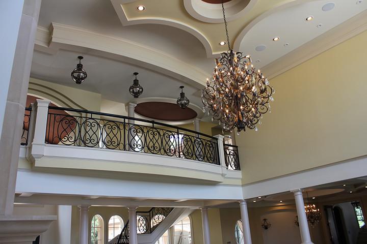 Great Room Bar & Library Italianate Skaneatleles _Ramsgard