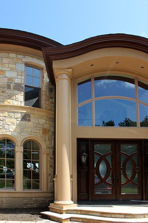 Entry Door Detail Master Italianate Skaneatleles _Ramsgard.jpg