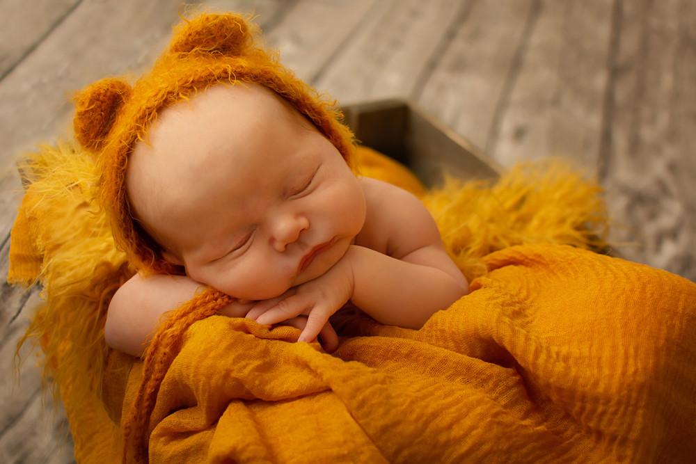 chorley baby photography.jpg