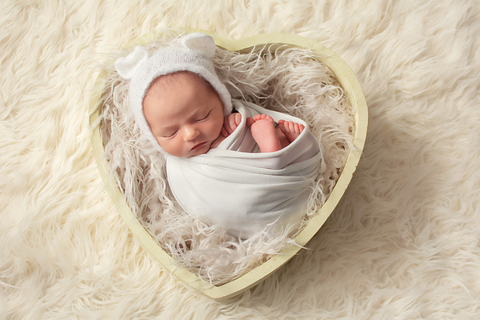 newborn photographer chorley.jpg