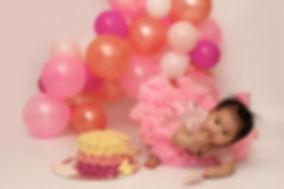 cake smash photography.jpg