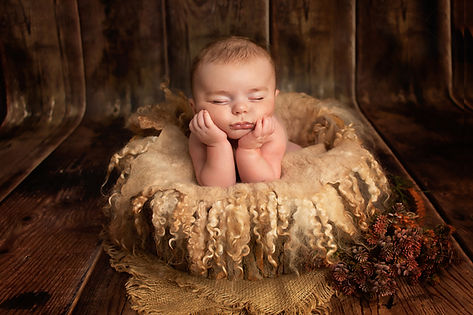 chorley newborn photography.jpg