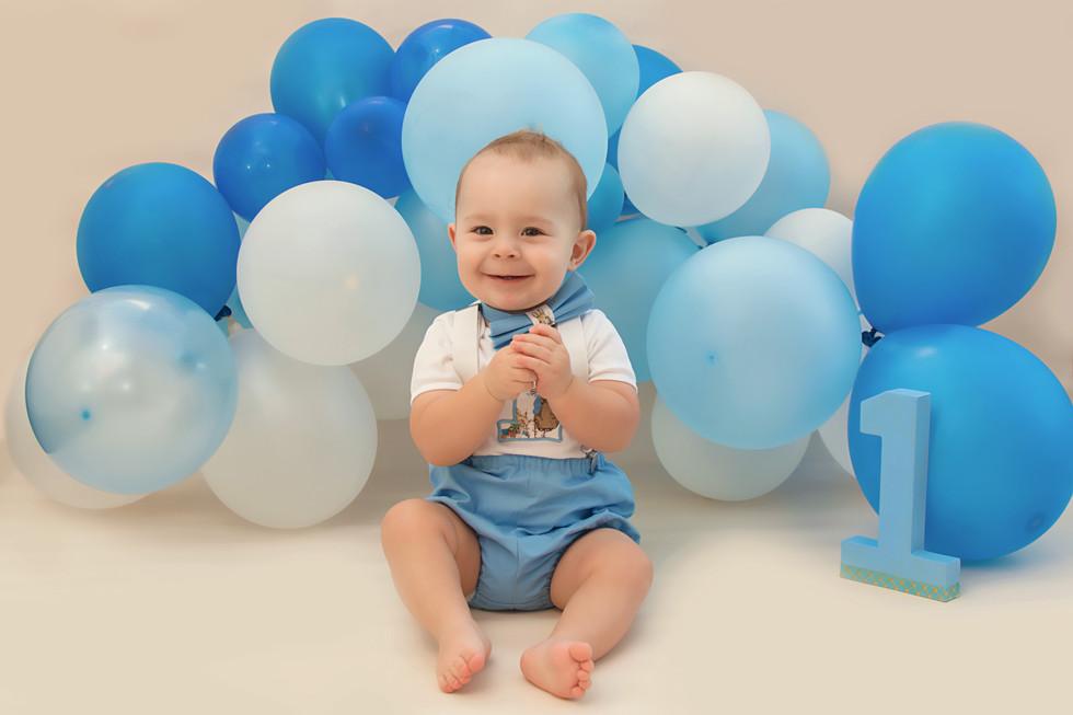 first birthday photoshoot.jpg