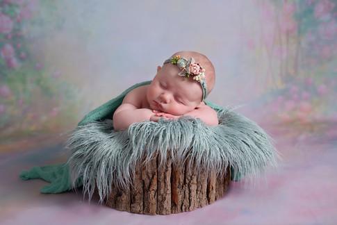 newborn photography wigan.jpg