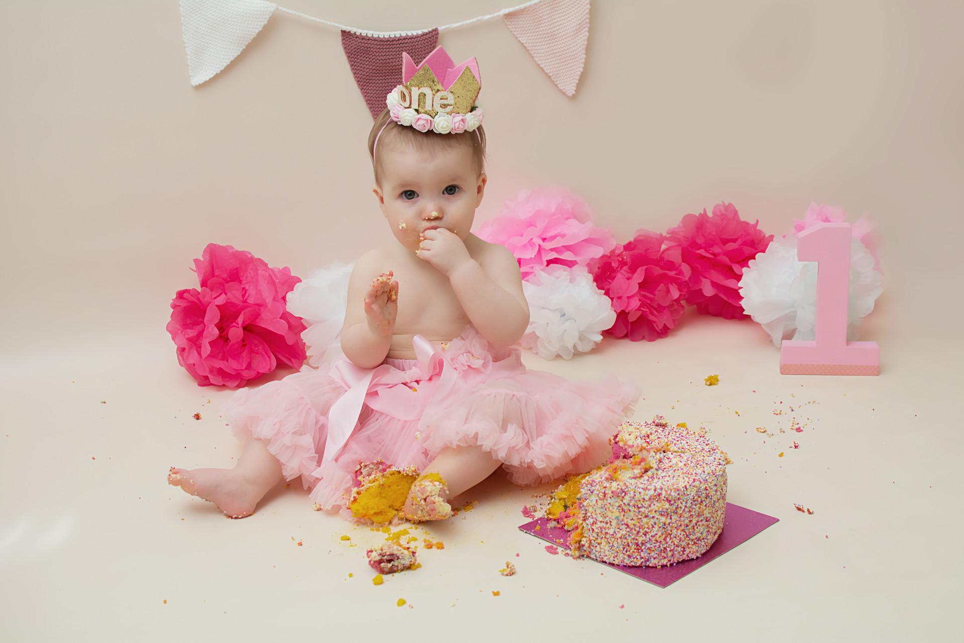cake smash preston.jpg