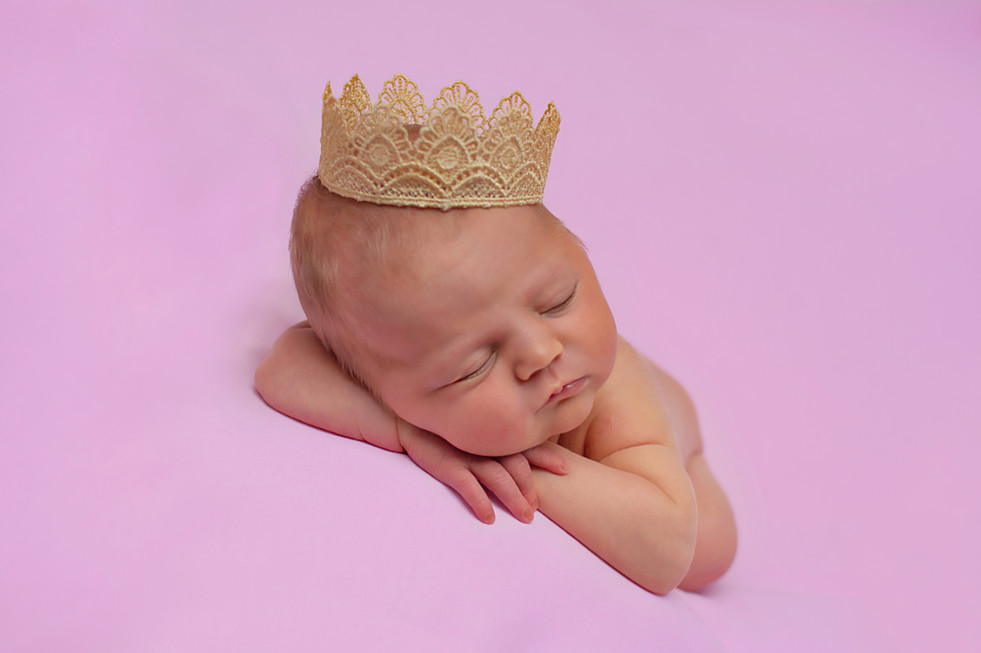 chorley newborn photographer.jpg