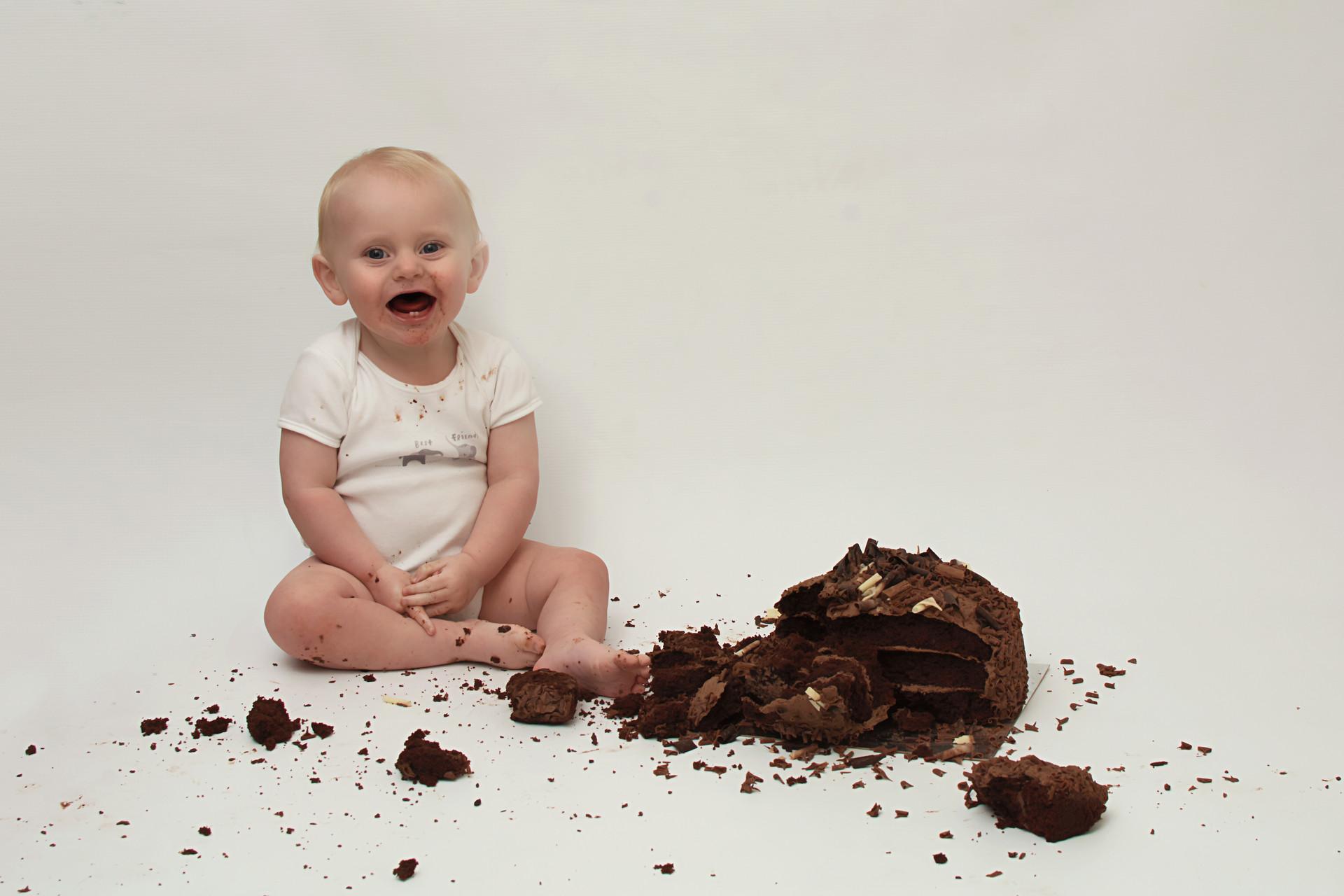 cake smash photos chorley.jpg