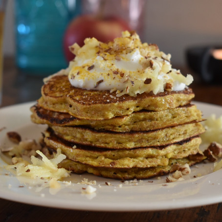 Healthy Turmeric Pancakes with Apple
