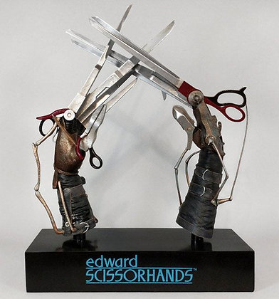 1:1 Scale Scissorhands Prop Replica (Edward Scissorhands)