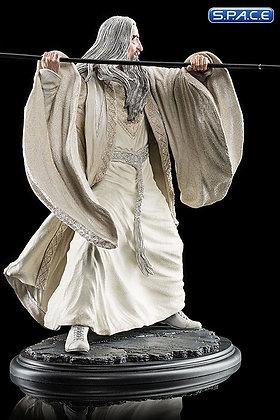 Saruman the White at Dol Guldur Statue