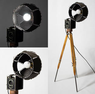 Vintage-Camera-Lamp-04.jpg
