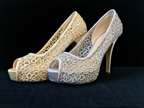 9eef4013 Vi har 14 dagers åpent kjøp og bytterett etter at skoene er solgt.