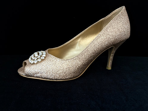 Gulle høyhælte sko
