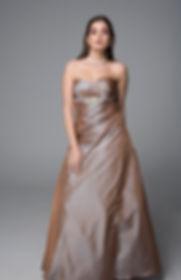 Er du på utkikk etter en selskapskjole i Oslo som passer perfekt til bryllup, skoleball, konfirmasjon eller fest? Da er du på rett vei!Alexandra Ritzi er en kjolebutikk med lang historie. Vi tilbyr tusenvis av ballkjoler og selskapskjoler i ulike stilarter og prisklasser. Våre fantastiske syerske hjelper deg å tilpasse kjole akkurat til din fasong. Vi bryr oss om våres kunder og gjør alltid vårt beste! Selskapskjoler butikk oslo, alexandra ritzi oslo, selskapskjoler oslo, selskapskjoler oslo sentrum, #selskapskjoler, #selskapskjoleroslo, fine kjoler oslo, selskapskjoler lillestrøm, selskapskjoler butikker i oslo, selskapskjoler i kirkeveien, selskapskjoler strømmen, selskapskjoler steen & strøm, party kjoler