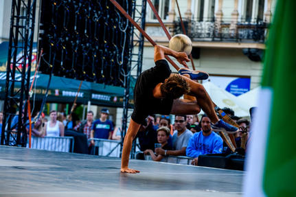 freestyle football juggler hire booking