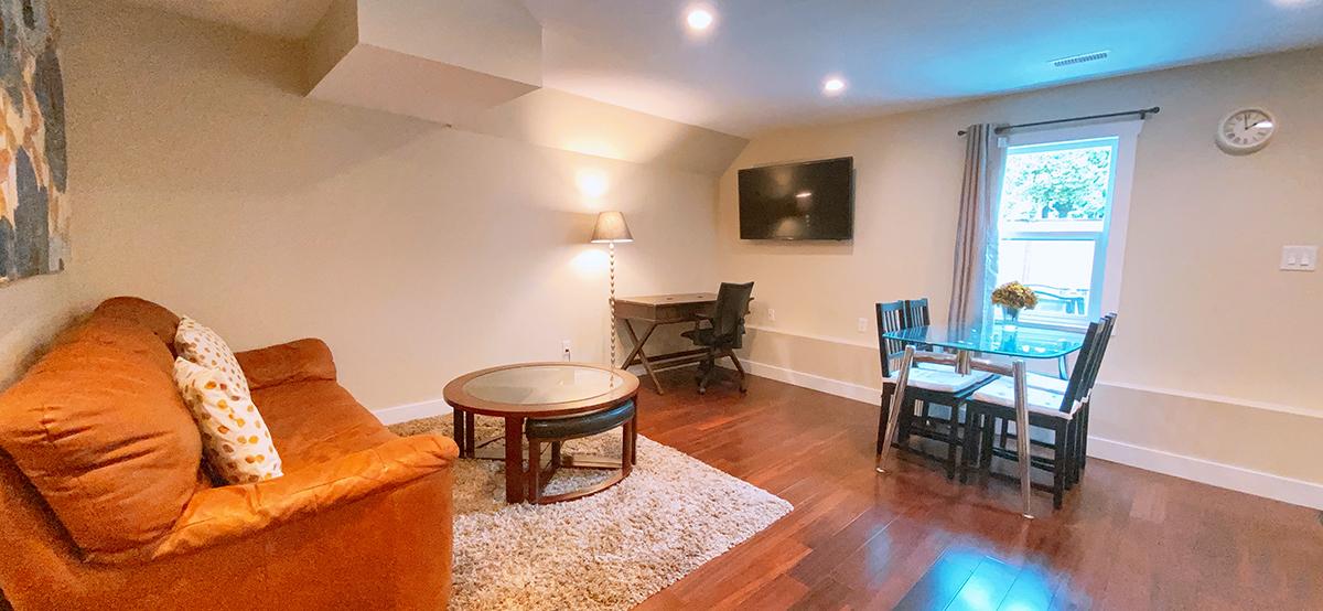 Java_suite1_livingroom wide