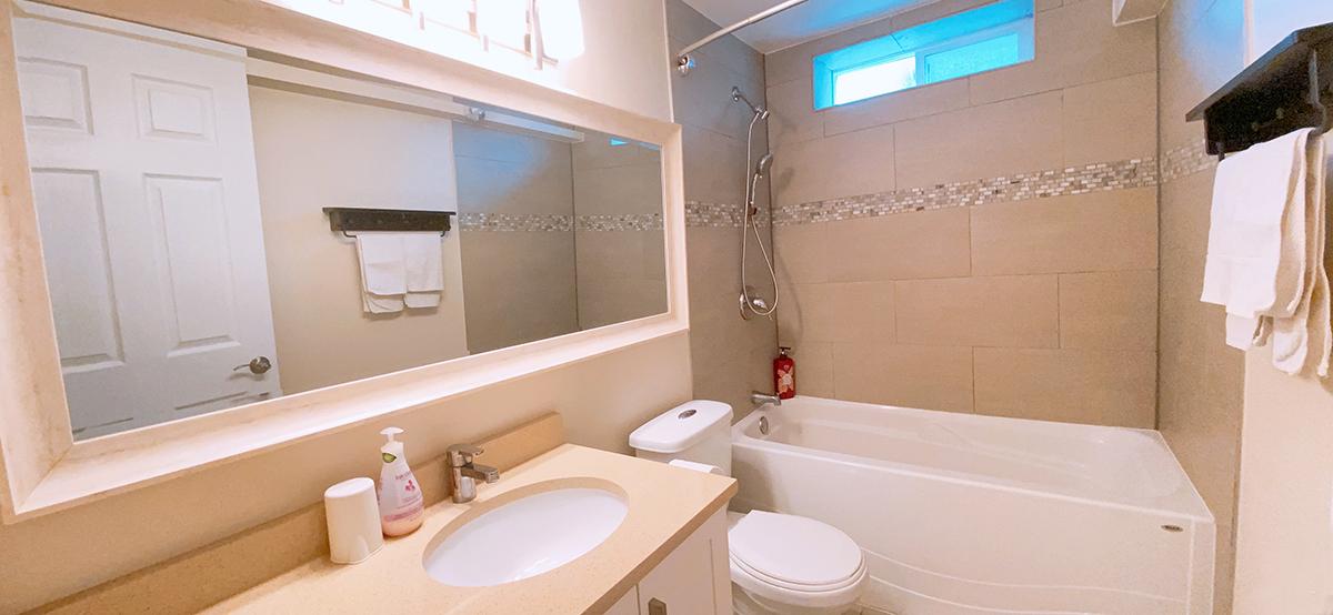Java_suite1_bathroom