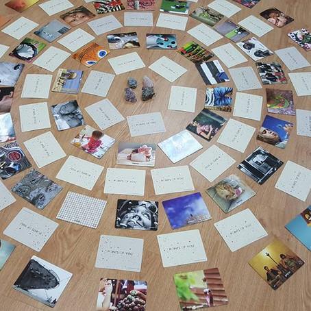 עבודה גלויה או סמויה עם הקלפים