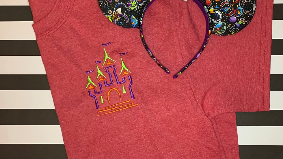 Halloween Haunts Castle embroidered t-shirt or tan